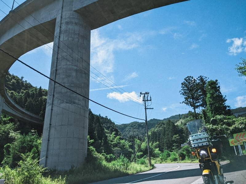クロスカブ ツーリング 県道16号 ループ橋
